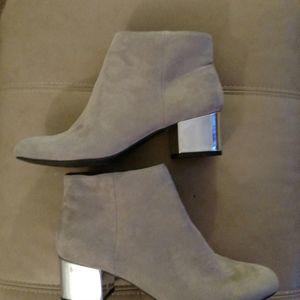 New Gray Booties , Silver Heels Size 7.5 NWOT